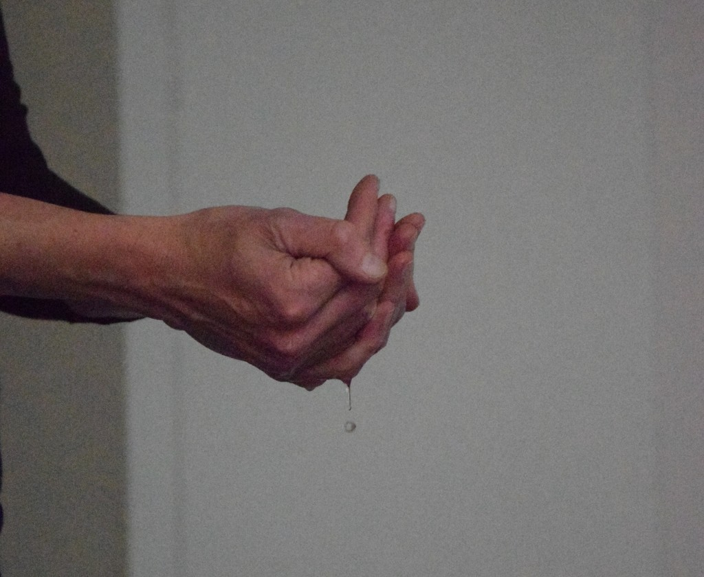 hands and water drip